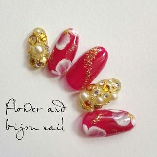 和柄ネイルチップ*°赤×花