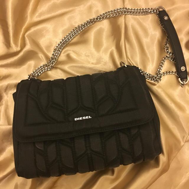 DIESEL(ディーゼル)のdiesel ブラックデニムバッグ レディースのバッグ(ショルダーバッグ)の商品写真