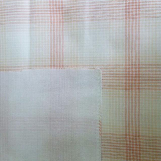はぎれ ダブルガーゼ 綿100% チェック オレンジ 約55×50㎝ ハンドメイドの素材/材料(生地/糸)の商品写真
