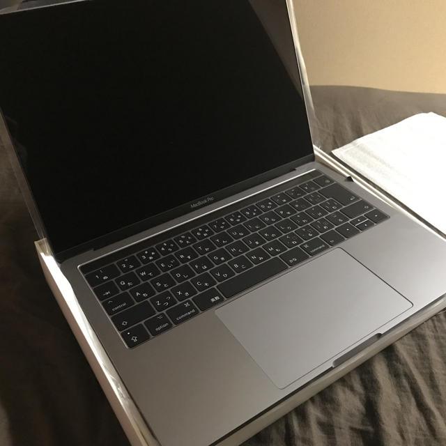 Mac (Apple)(マック)のMacBook pro 2016 Touch Bar  スマホ/家電/カメラのPC/タブレット(ノートPC)の商品写真