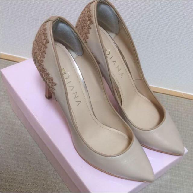 DIANA(ダイアナ)の刺繍ハイヒール 結婚式 ダイアナ DIANA ピンクベージュ レディースの靴/シューズ(ハイヒール/パンプス)の商品写真