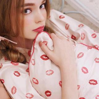 メゾンドフルール(Maison de FLEUR)の♡Maison de FLEUR♡通販限定♡完売♡リップマーククッションカバー♡(クッションカバー)