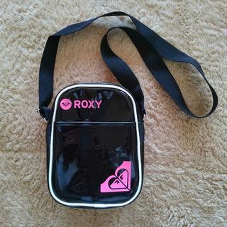 ロキシー(Roxy)の⤵値下げしました✨ ROXY/エナメルバック(ボディバッグ/ウエストポーチ)