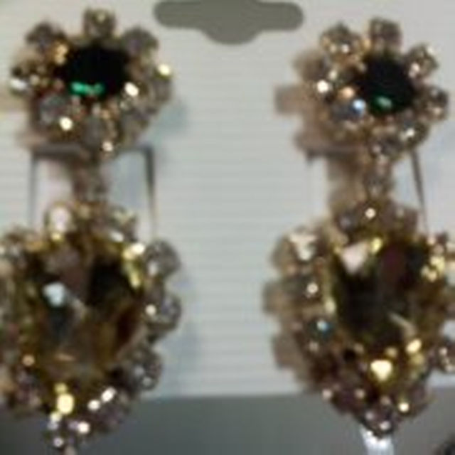 スワロフスキーのピアス、ジルコニアの指輪、ブラックダイアモンド風ネックレス レディースのファッション小物(その他)の商品写真