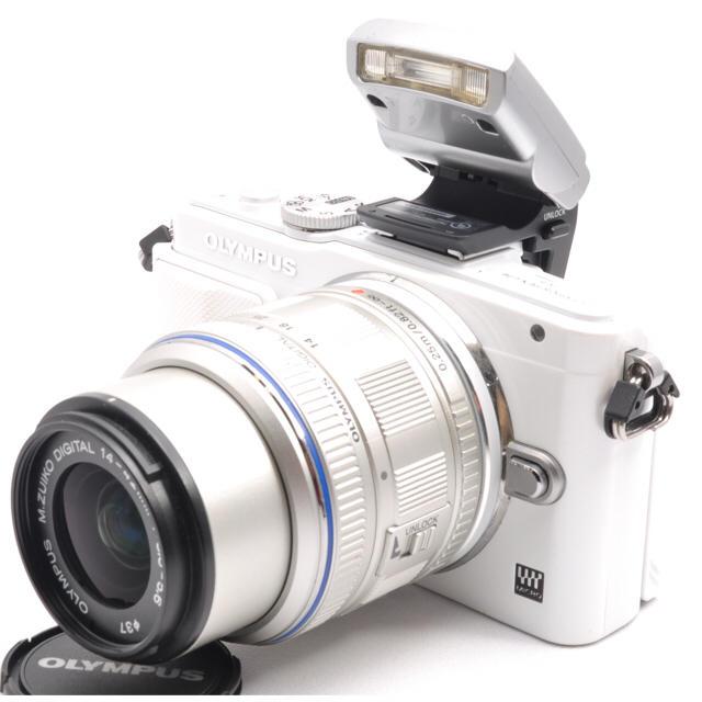 OLYMPUS(オリンパス)の❤️至高のホワイト☆オリンパス OLYMPUS PEN E-PL6❤️ スマホ/家電/カメラのカメラ(ミラーレス一眼)の商品写真