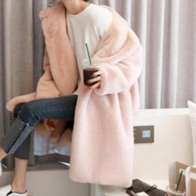 ★エコファーコート★ピンク レディースのジャケット/アウター(毛皮/ファーコート)の商品写真