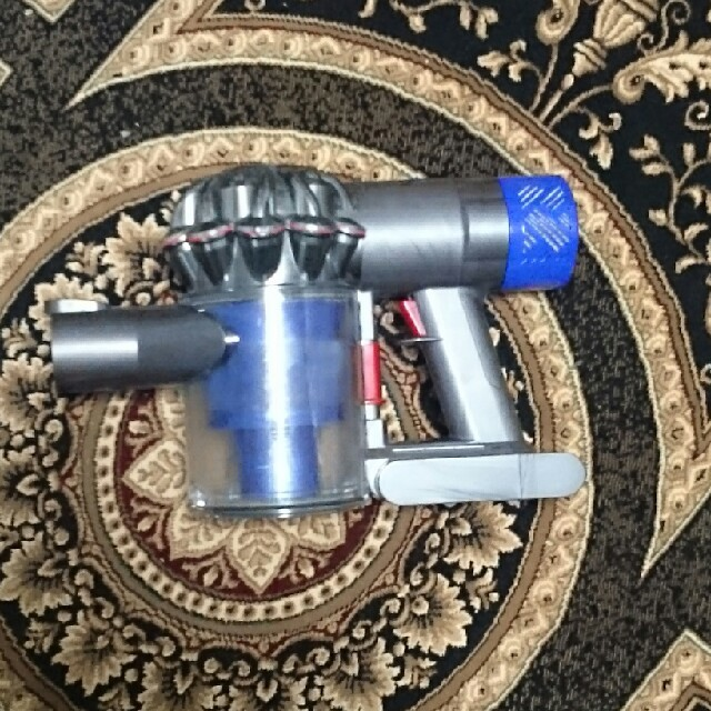 Dyson(ダイソン)の【フリル限定!】dyson  V6 Fluffy SV09 パイプセレクトOK! スマホ/家電/カメラの生活家電(掃除機)の商品写真