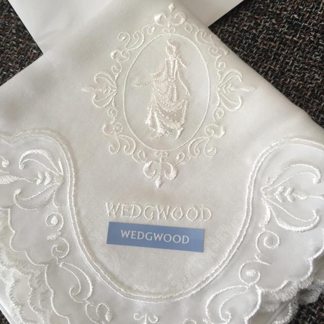 WEDGWOOD(ウェッジウッド)の花嫁さん必須♡WEDGWOOD♡白レースハンカチ レディースのファッション小物(ハンカチ)の商品写真