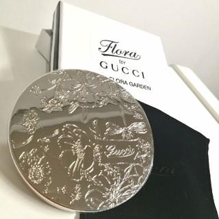 bb087d9ff2af グッチ(Gucci)の【GUCCI】円形コンパクトミラー 限定品 シルバー ノベルティ(