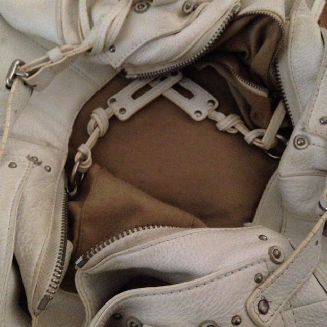 Chloe(クロエ)のクロエ バッグ 春 スプリング ホワイト 白 レディースのバッグ(トートバッグ)の商品写真