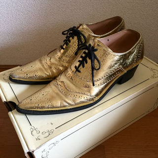 H.A.K ゴールド革靴 箱付き 送料無料(ローファー/革靴)