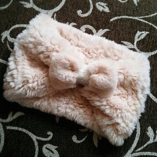 フルラ(Furla)の冬物のお値下げします☆フルラ 今季スヌードファーリボンマフラー (スヌード)