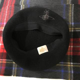 ヴィヴィアンウエストウッド(Vivienne Westwood)のvivienne westwood ベレー帽 ヴィヴィアン 黒(ハンチング/ベレー帽)