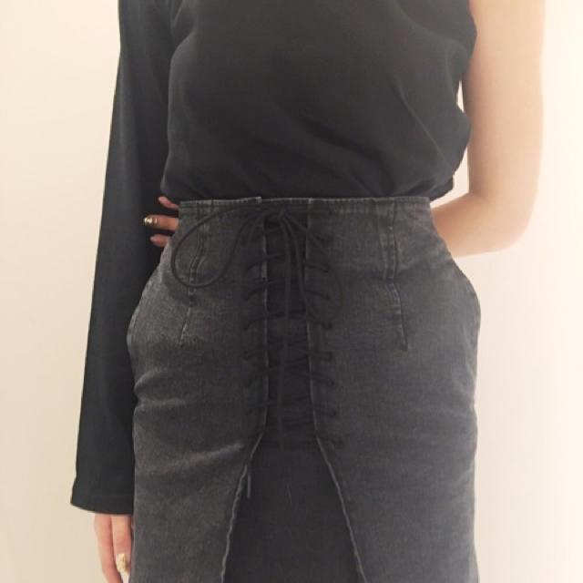 FRAY I.D(フレイアイディー)のフレイアイディー♡レースアップタイトスカート レディースのスカート(ロングスカート)の商品写真
