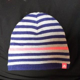 アディダス(adidas)のアディダス ニット帽 フリーサイズ (ニット帽/ビーニー)