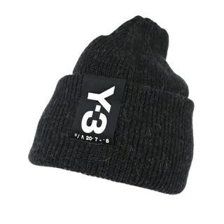 ワイスリー(Y-3)のZOZOTOWN完売品 Y-3 BADGE BEANIE ニットキャップ(ニット帽/ビーニー)