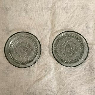 イッタラ(iittala)の美品 イッタラ カステヘルミ プレート グレー 10センチ(食器)