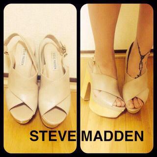 スティーブマデン(Steve Madden)のSTEVE MADDENベージュウェッジ(サンダル)