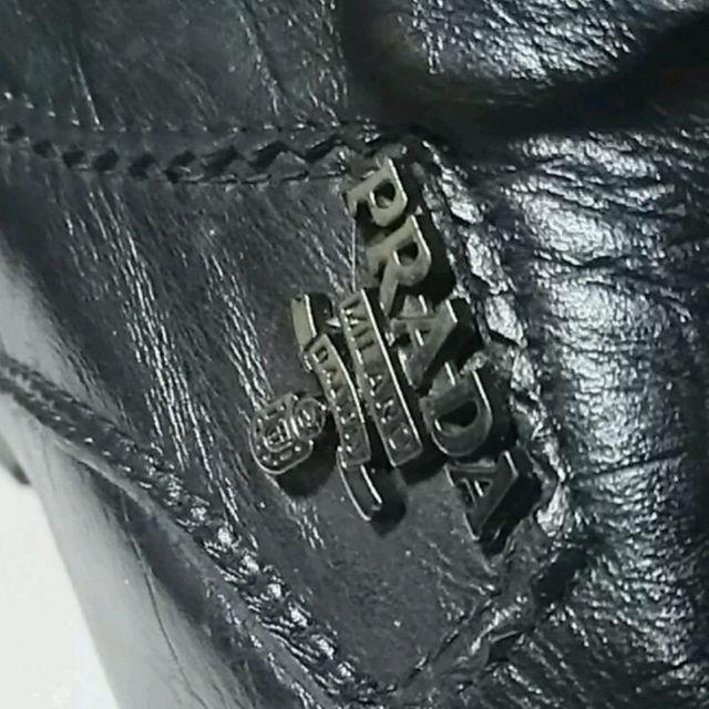 PRADA(プラダ)の名作希少!プラダ高級クロコダイルレザーウイングチップローファー海外限定モデル!黒 メンズの靴/シューズ(ドレス/ビジネス)の商品写真