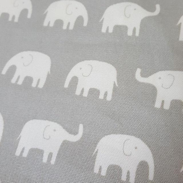 【再販】グレーぞうさん巾着袋 縦30×横25㌢ ハンドメイドのキッズ/ベビー(外出用品)の商品写真