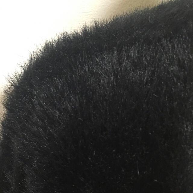 armoire caprice(アーモワールカプリス)の✨新品同様‼️フェイクファーロングカーディガン✨ レディースのトップス(カーディガン)の商品写真