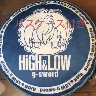 シマムラ(しまむら)のHigh&Low しまむらコラボ クッション&アクリルキーホルダー セット(ミュージシャン)