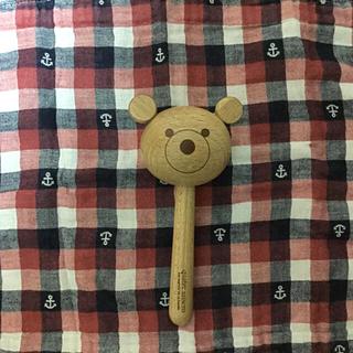 キャトルセゾン(quatre saisons)のキャトルセゾンの木製クマのガラガラ(がらがら/ラトル)