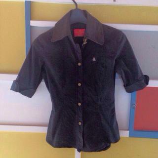ヴィヴィアンウエストウッド(Vivienne Westwood)のヴィヴィアンイタリア製 ブラウス 赤タグ(シャツ/ブラウス(半袖/袖なし))