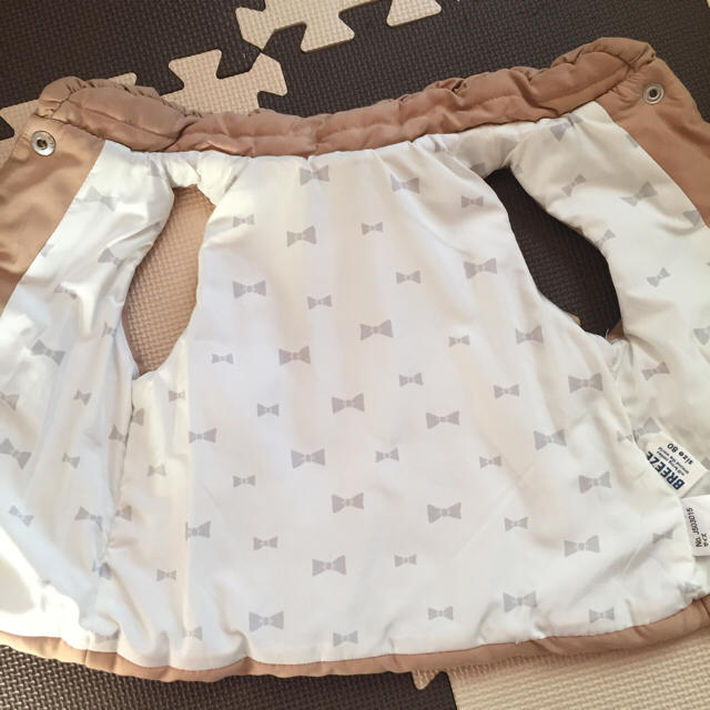 BREEZE(ブリーズ)のお値下げ!ブリーズ ダウンベスト女の子80 キッズ/ベビー/マタニティのベビー服(~85cm)(ジャケット/コート)の商品写真