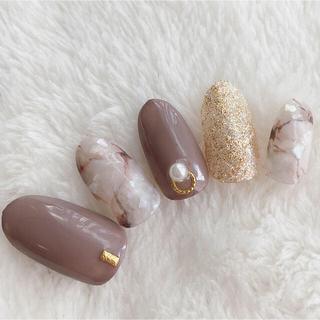 グレージュ大理石ネイル コスメ/美容のネイル(つけ爪/ネイルチップ)の商品写真