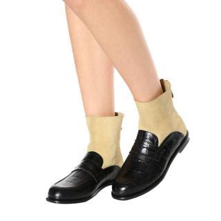 ロエベ(LOEWE)のLoewe レザーアンクルブーツ ブラック×ゴールド(ブーツ)