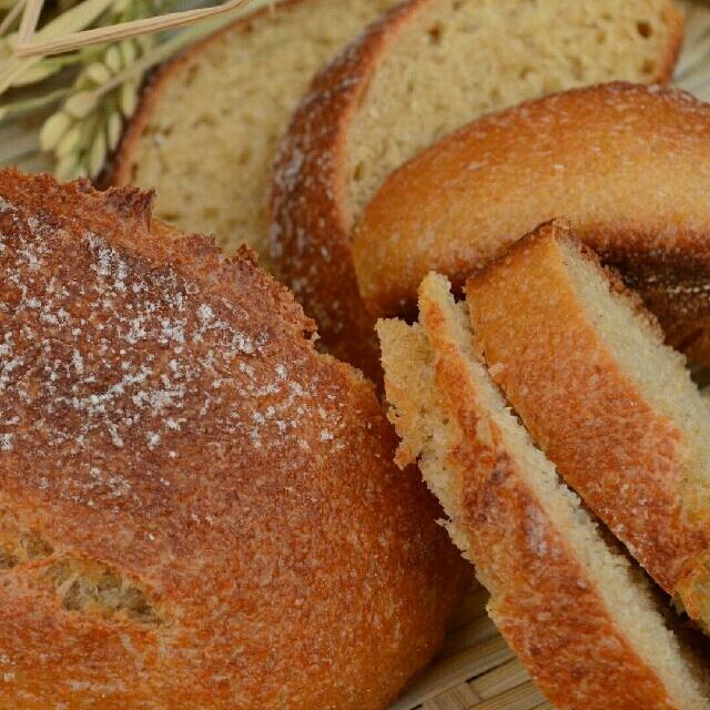 15日限定 焼きたて米糠カンパーニュ  4個セット 食品/飲料/酒の食品(パン)の商品写真