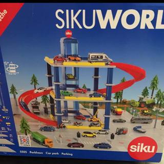 ボーネルンド(BorneLund)のボーネルンド ジクワールド パーキングタワー ジョージズ siku world(電車のおもちゃ/車)