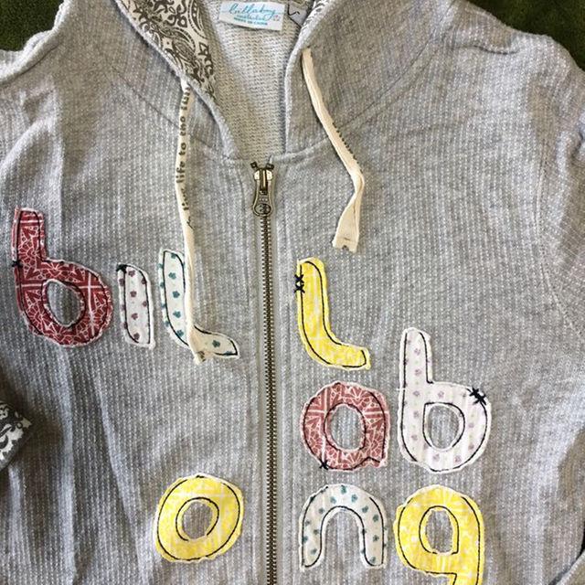 billabong(ビラボン)のBILLABONG  グレー  パーカー  S レディースのトップス(パーカー)の商品写真