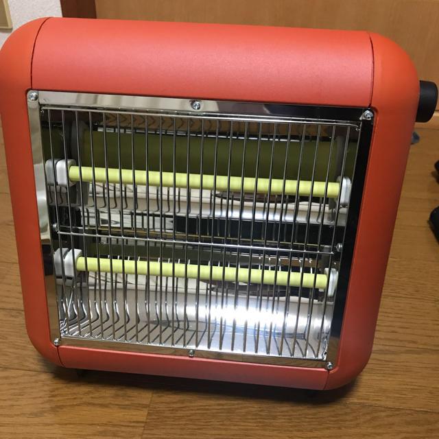 ±0(プラスマイナスゼロ)の±0 電気ストーブ スマホ/家電/カメラの冷暖房/空調(電気ヒーター)の商品写真