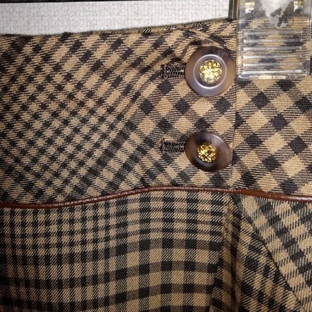 ef-de(エフデ)のef-de チェック柄 ベージュ茶系 スカート【新品・未使用】 レディースのスカート(ひざ丈スカート)の商品写真