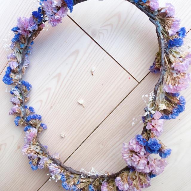 スターチス 花冠 レディースのヘアアクセサリー(ヘアバンド)の商品写真