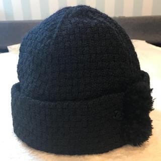 シャネル(CHANEL)のrich様専用‼️シャネル  ボンボン付きニット帽 正規品 未使用(ニット帽/ビーニー)