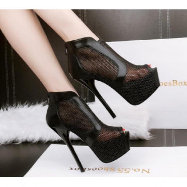 【新作】シースルー ハイヒール パンプス 高級感 ブラック レディースの靴/シューズ(ハイヒール/パンプス)の商品写真