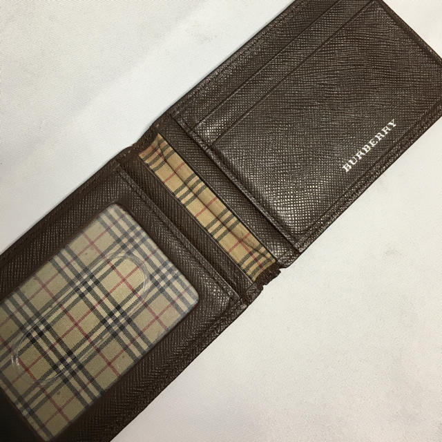 BURBERRY(バーバリー)のバーバリー 定期入れ ブラウン 美品 メンズのファッション小物(名刺入れ/定期入れ)の商品写真