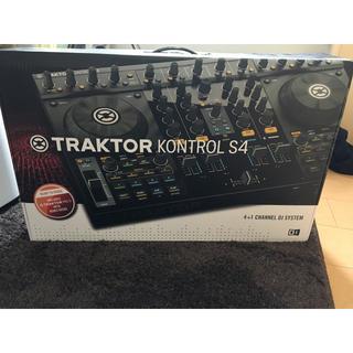 Native Instruments TRAKTOR KONTROL S4(DJコントローラー)