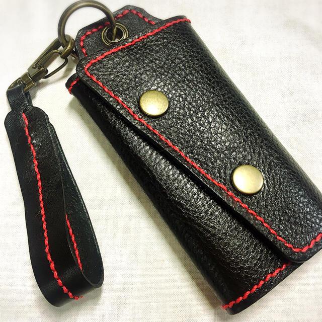 (受注作成)キーケース♪ブラック赤糸 メンズのファッション小物(キーケース)の商品写真