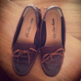 ペタンコ靴(ローファー/革靴)