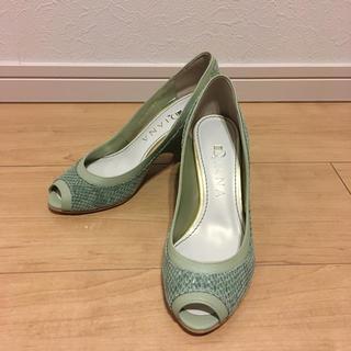 ダイアナ(DIANA)の新品未使用 ダイアナ靴 21.5㎝(ハイヒール/パンプス)