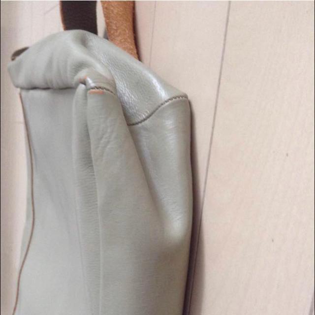 Paul Harnden(ポールハーデン)の値下げ!!名作!ポールハーデン レザーショルダーバッグ レディースのバッグ(ショルダーバッグ)の商品写真
