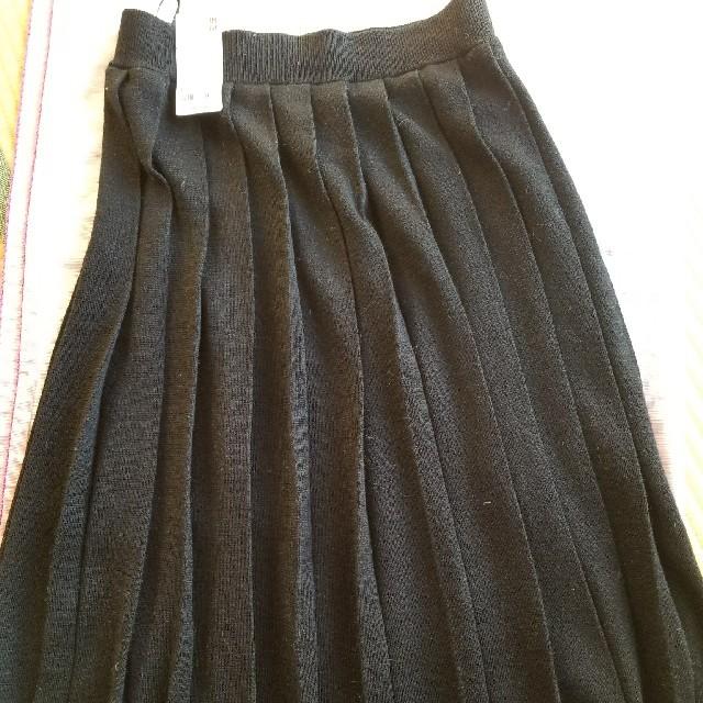 UNIQLO(ユニクロ)のユニクロ プリーツスカート(黒) Lsize レディースのスカート(ひざ丈スカート)の商品写真