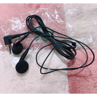 オリンパス(OLYMPUS)のオリンパス イヤホン 新品未使用(ヘッドフォン/イヤフォン)