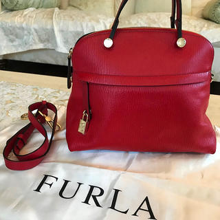 4c7081ab34ef フルラ(Furla)のFURLA フルラ パイパー バッグ 赤 Mサイズ xxx様専用です