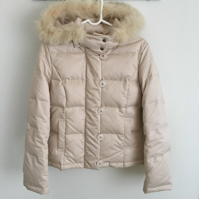 LAISSE PASSE(レッセパッセ)のレッセパッセ ピンクベージュ ダウン レディースのジャケット/アウター(ダウンコート)の商品写真