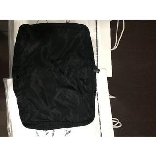 プラダ(PRADA)の●6.5万プラダ希少衣類収納袋バッグWファスナー年末年始旅行出張★黒●良美↑(スーツケース/キャリーバッグ)